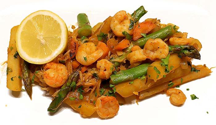 Low Carb Rezept | Gemüsepfanne mit Garnelen