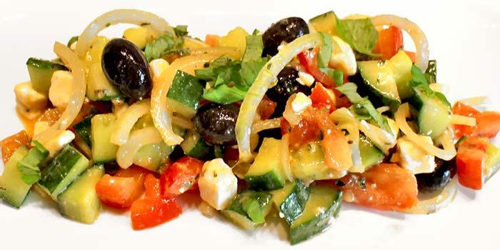 Low Carb Rezept | Griechischer Bauernsalat