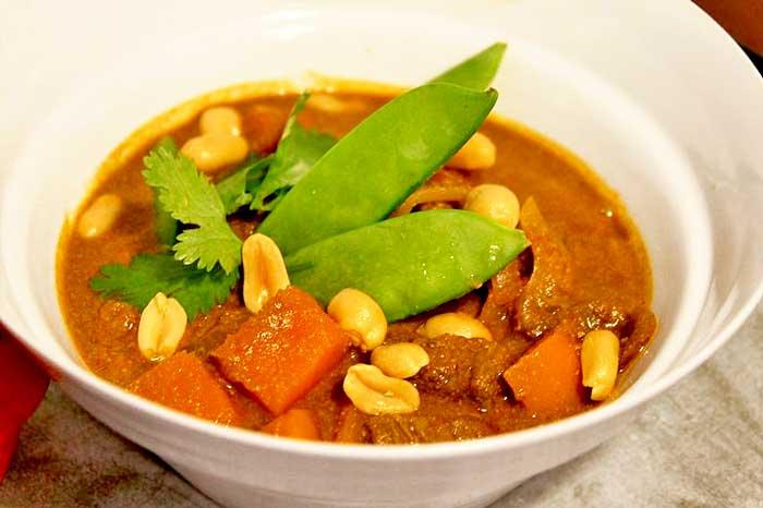 Low Carb Rezept | Thailändisches Mussaman Curry