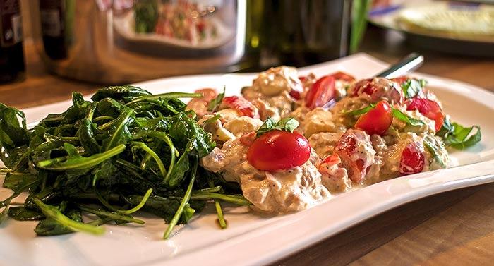 Low Carb Rezept | Sommerlicher Thunfisch-Tomaten-Salat
