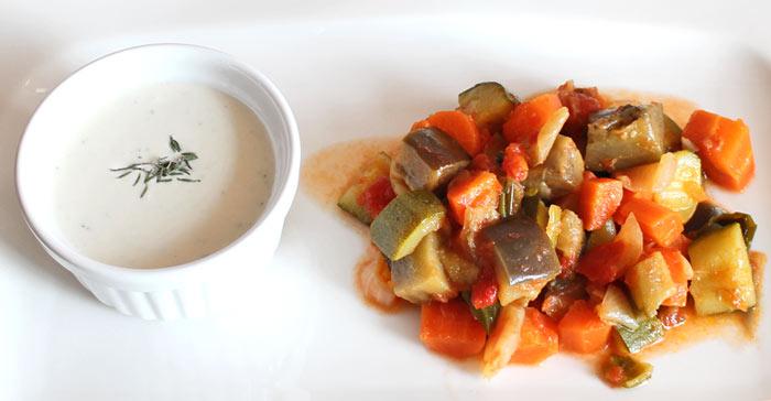 Low Carb Saucen Rezept - Fetacreme mit Sesampaste