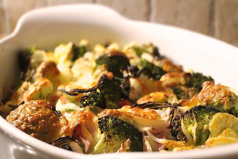 Einfacher Low Carb Brokkoli-Auflauf