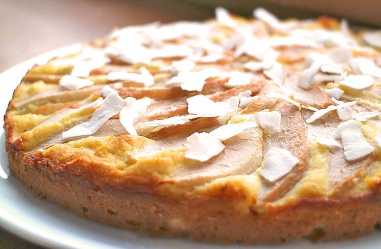 Low Carb Kokos-Birnen-Kuchen mit Kokosmehl