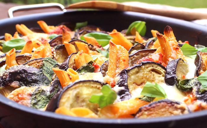 Low Carb Auberginen-Rigatoni-Lasagne (Penne aus roten Linsen)